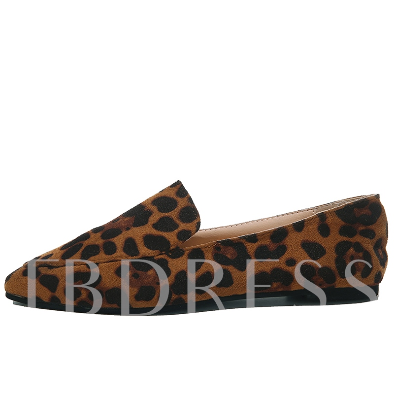Low-Cut Upper Slip-On Leopard Embossed Leather Women's Flats