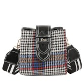 Thread Houndstooth Wool Blends Barrel-Shaped Crossbody Bags