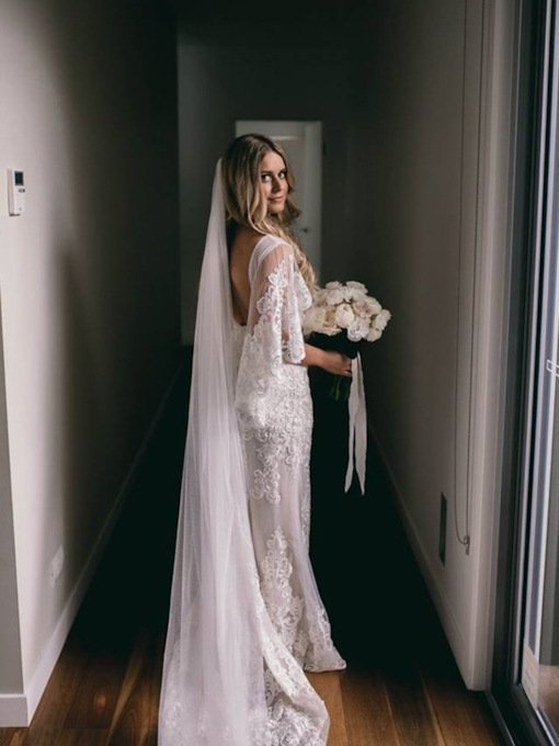 Sleeves Lace Backless Country Wedding Dress 2019