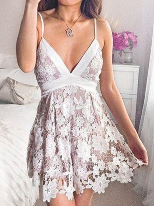 Sleeveless Lace A-Line Short Homecoming Dress 2019
