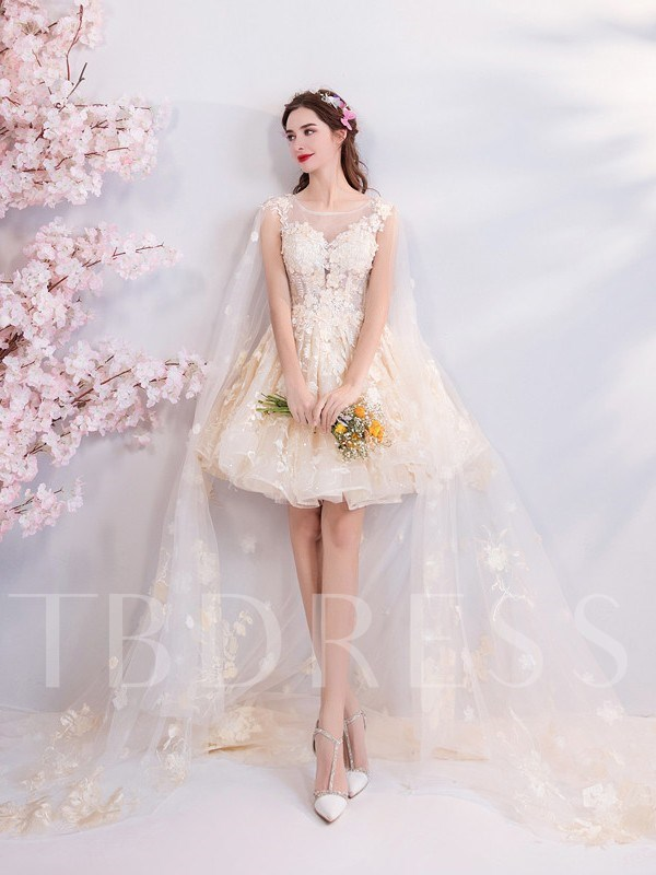 Sleeveless Knee-Length Scoop Appliques Homecoming Dress 2019