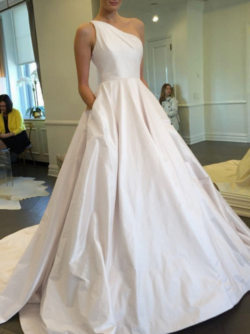 One Shoulder Pockets Hall Wedding Dress 2019