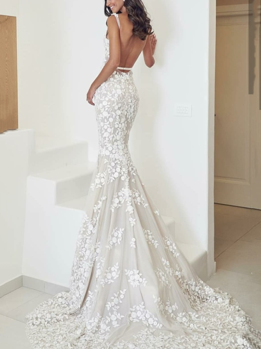 Deep V-Neck Lace Appliques Mermaid Backless Wedding Dress 2019