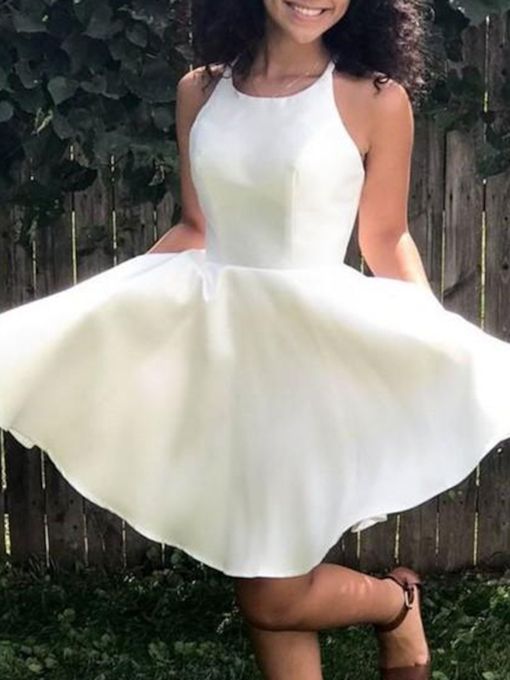 A-Line Halter Sleeveless Knee-Length Homecoming Dress 2019