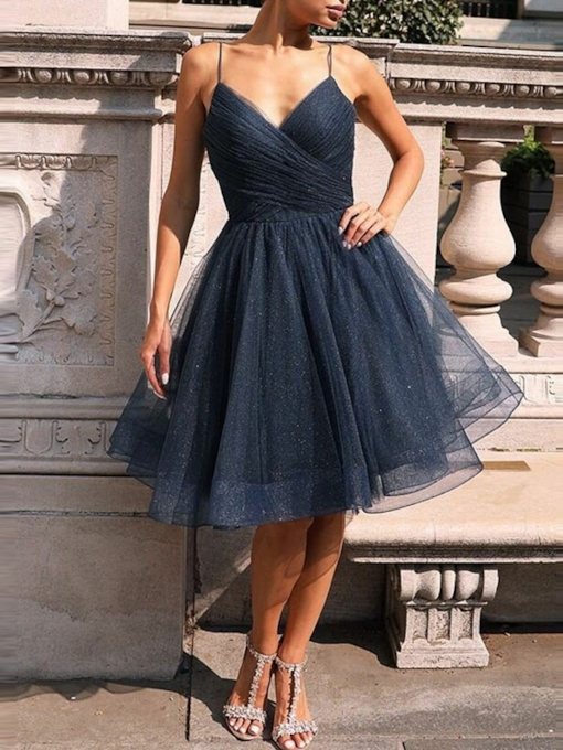 Sleeveless Knee-Length Pleats Spaghetti Straps Homecoming Dress