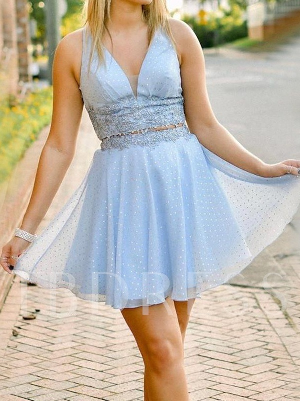 A-Line Appliques Sleeveless Short Homecoming Dress 2019