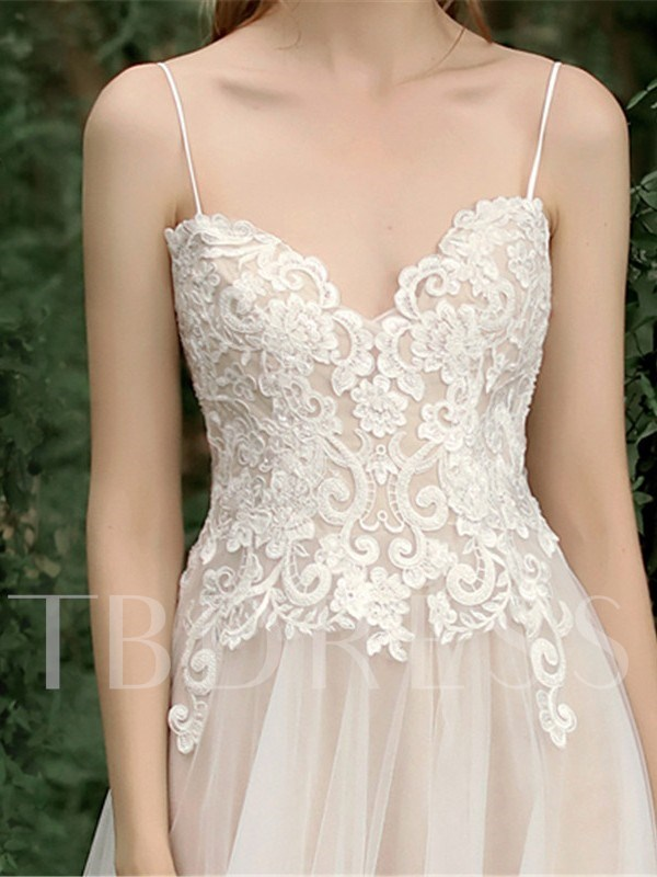 Appliques Spaghetti Straps Outdoor Wedding Dress 2019