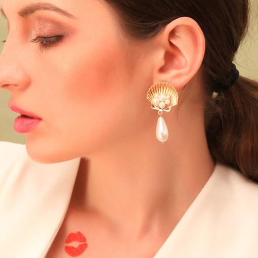 Pearl Inlaid Alloy Sweet Wedding Earrings