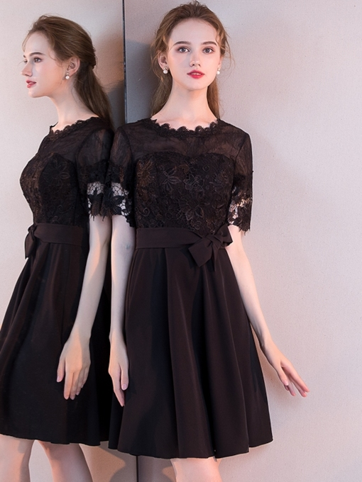 Scoop Short Sleeves Lace Knee-Length Homecoming Dress