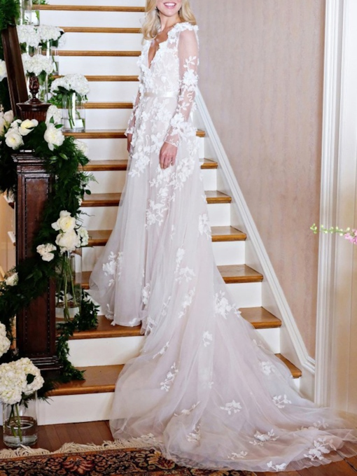 Chapel Train Long Sleeves Appliques Wedding Dress 2019
