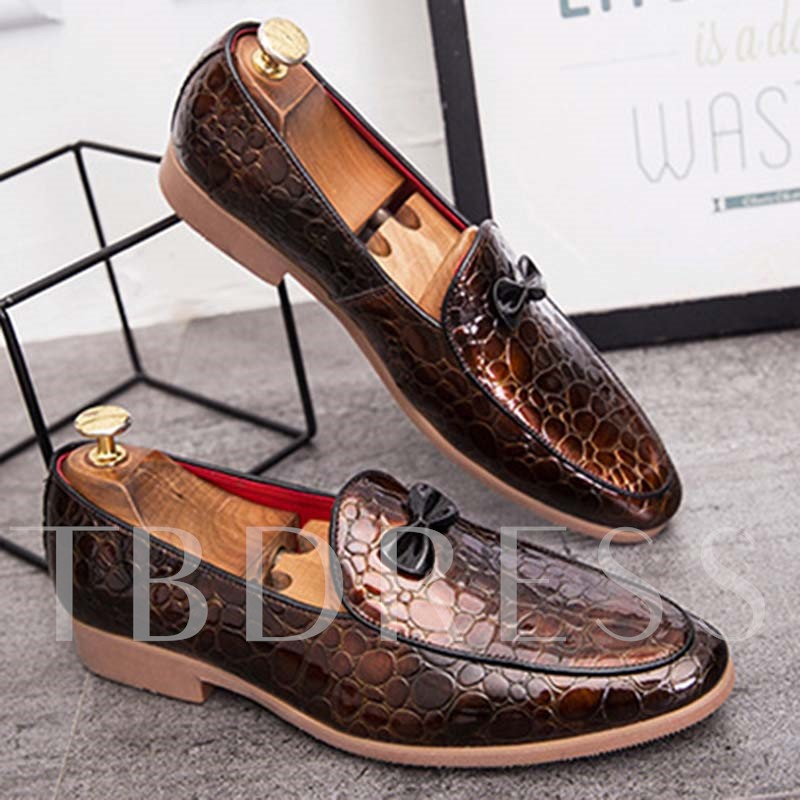 Embossed Leather Slip-On Pointed Toe Men's Prom Shoes