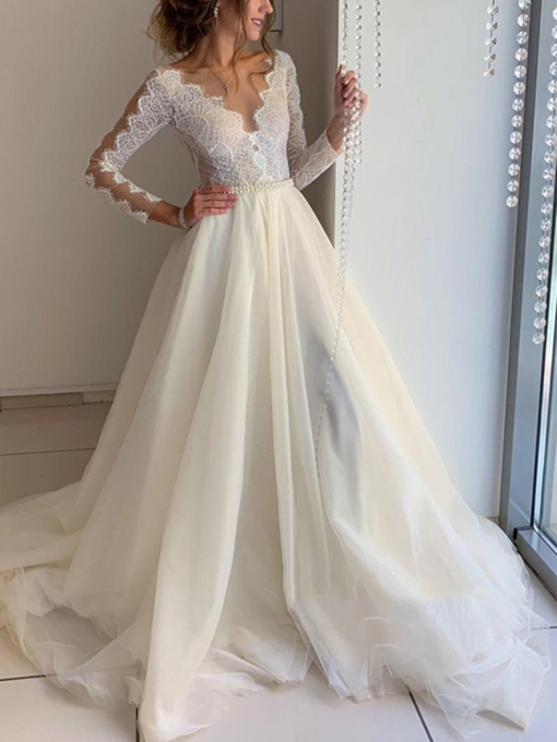 Button V-Neck Lace Long Sleeves Wedding Dress 2019