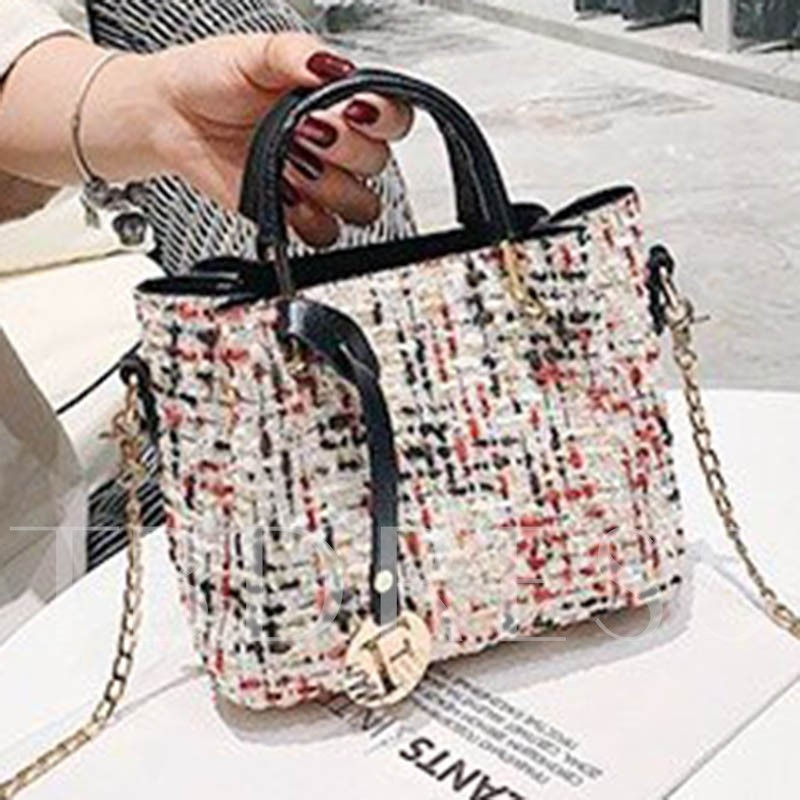 Chain Rectangle Tote Bags