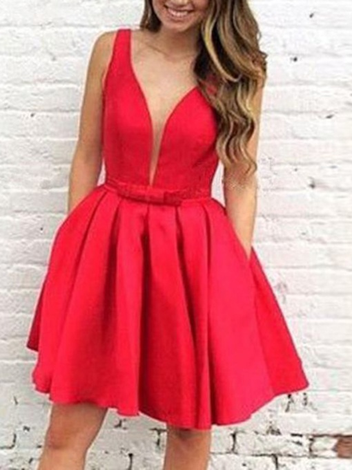 Short Straps Bowknot Pockets Homecoming Dress