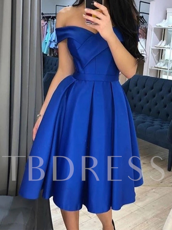 A-Line Off-The-Shoulder Knee-Length Short Sleeves Homecoming Dress 2019