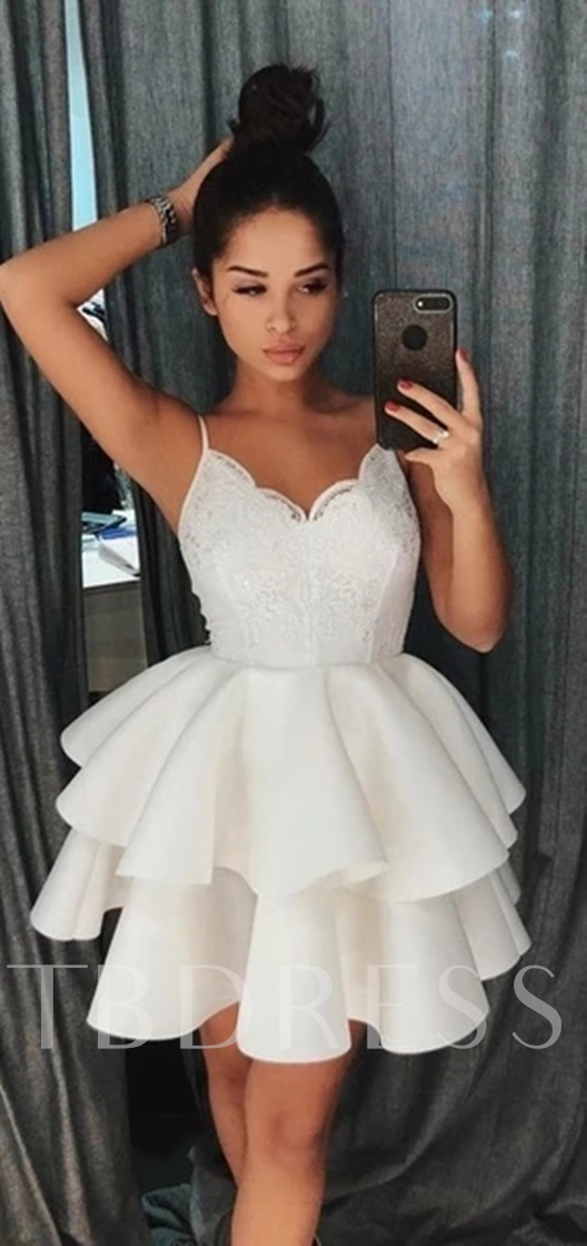 Short Sleeveless Spaghetti Straps Appliques Homecoming Dress 2019