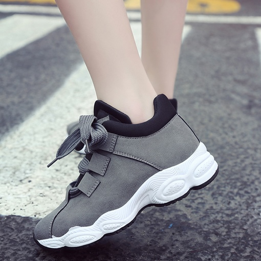 Round Toe Nubuck Leather Lace-Up Casual Women's Sneakers