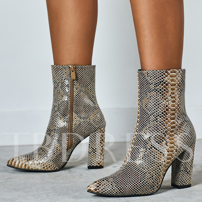 Serpentine Side Zipper Pointed Toe Chunky Heel Ankle Boots