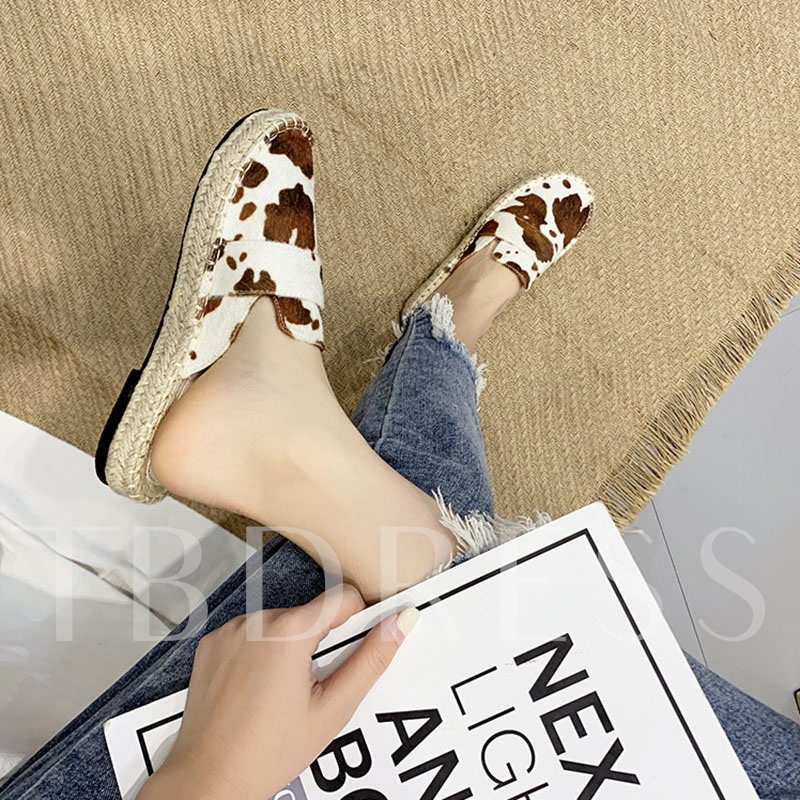 Closed Toe Slip-On Flat With Casual Women's Mules