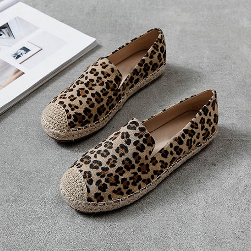 Round Toe Slip-On Leopard Print Women's Flats