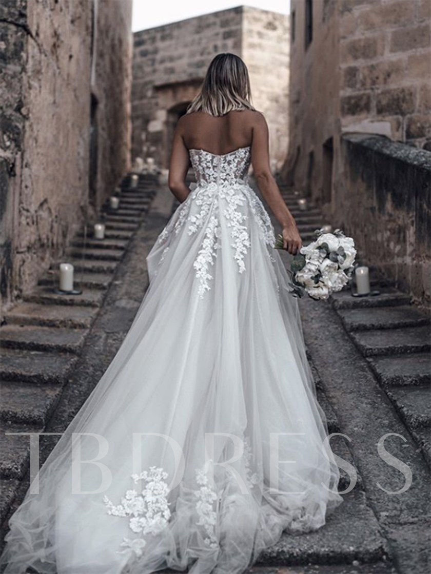 Sweetheart Appliques Country Wedding Dress