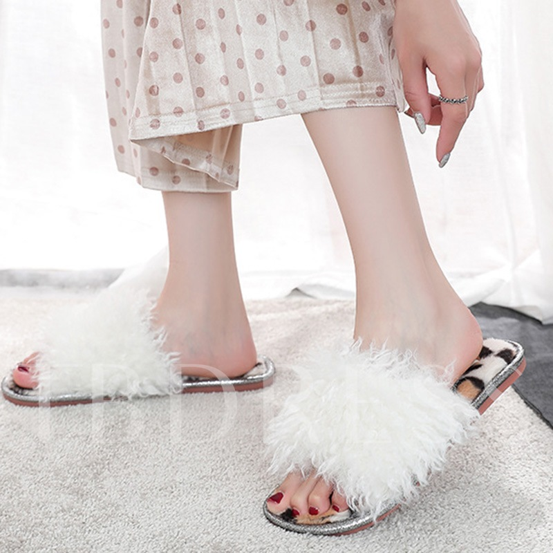 Leopard Flat With Slip-On Fluffy Wniter Slippers
