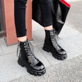 Round Toe Side Zipper Plain Casual Martin Boots