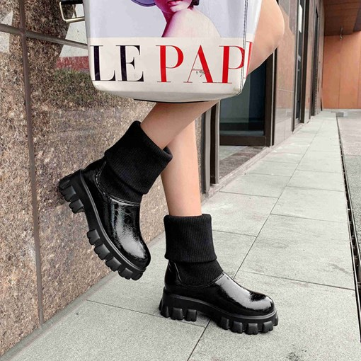 Slip-On Round Toe Patchwork Platform Booties