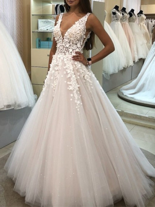 Appliques V-Neck A-Line Outdoor Wedding Dress 2019