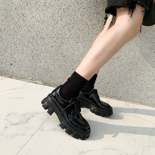 Lace-Up Round Toe Chunky Heel Casual Flatfom Shoes