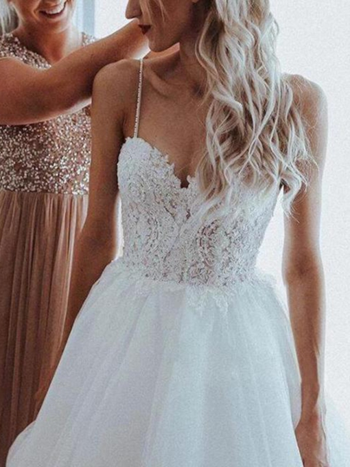 Spaghetti Straps Beading Appliques Outdoor Wedding Dress 2020