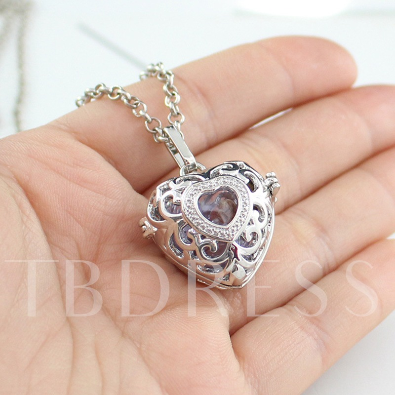 Sweet Hollow Out Female Pendant Necklace