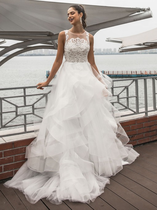 Scoop Neck Beading Appliques Tiered Wedding Dress 2020