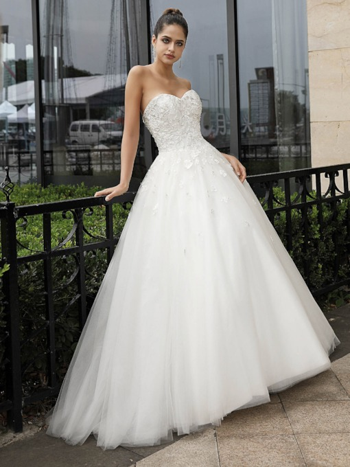 Sweetheart Beading Appliques Ball Gown Wedding Dress 2020