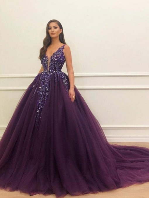 Straps Beading Appliques Ball Gown Grape Quinceanera Dress 2020