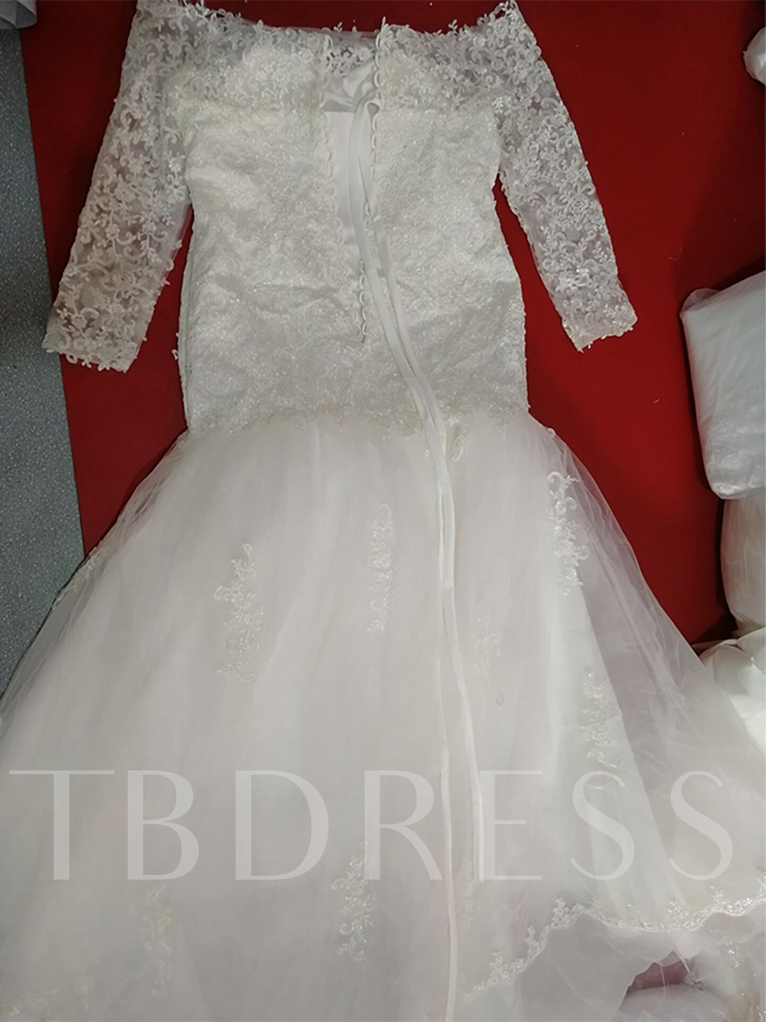 Appliques Mermaid Plus Size Wedding Dress with Long Sleeve