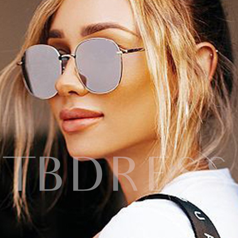 Resin Fashion Square Sunglasses
