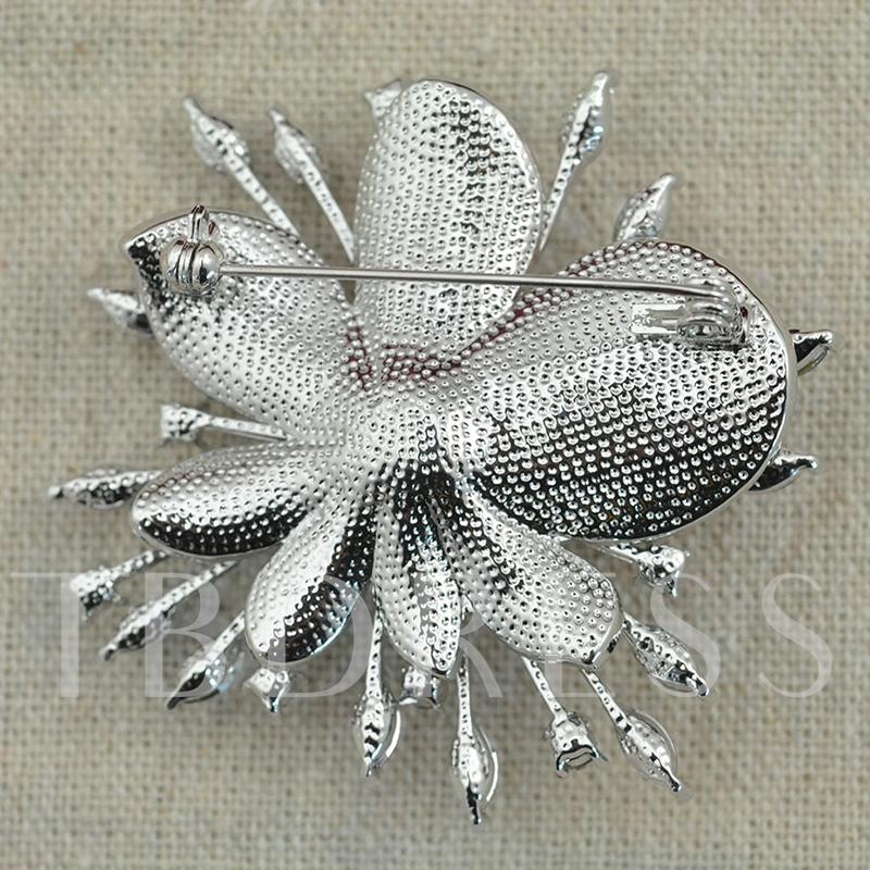 Alloy Romantic Plant Scarf Brooch