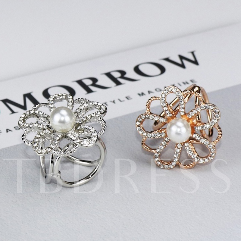 Floral Alloy Sweet Scarf Brooches