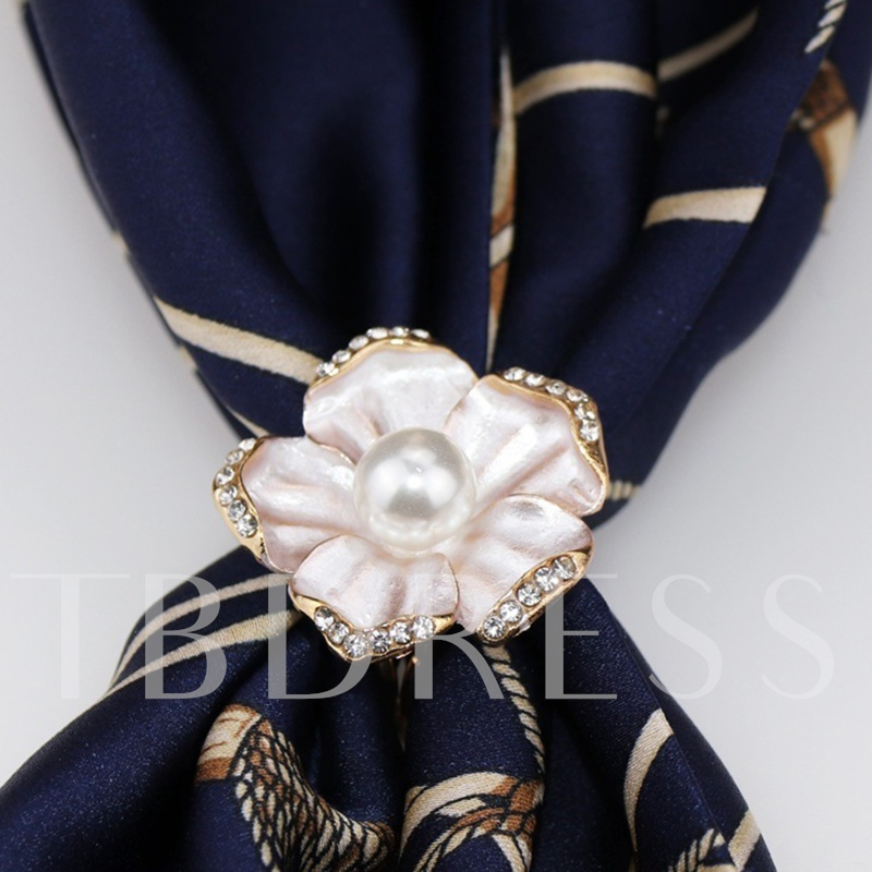 Plant Sweet Alloy Scarf Brooch
