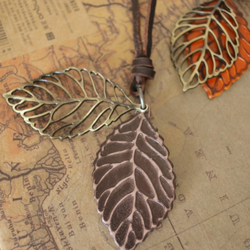 Vintage Leaf Shape E-Plating Unisex Pendant Necklace