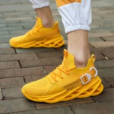 Low-Cut Upper Wedge Lace-Up Round Toe Men's Sneakers