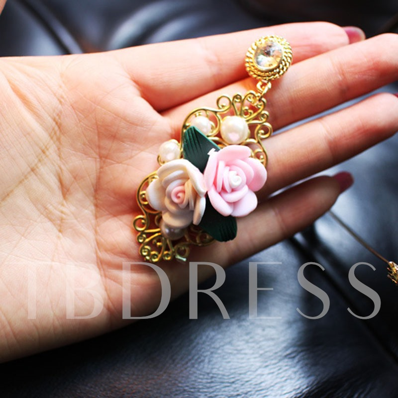 Alloy E-Plating Vintage Floral Earrings