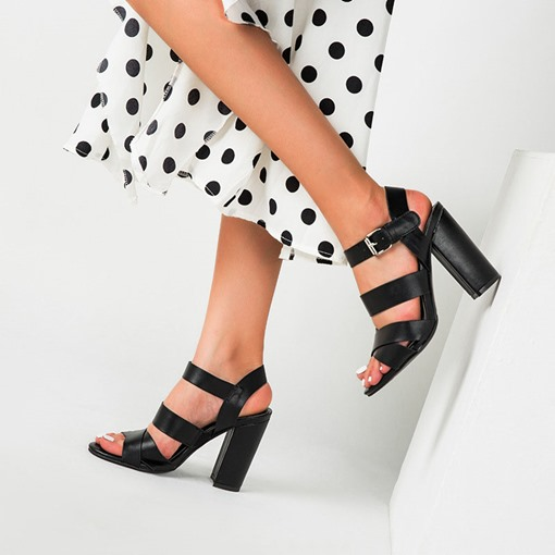 Chunky Heel Open Toe Line-Style Buckle Plain Sandals