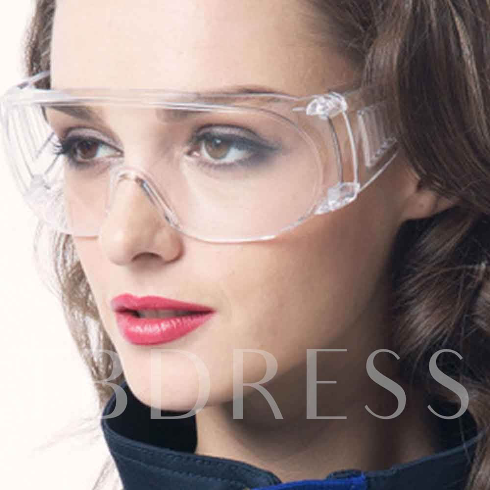 The Breathable Protective Lens Of Eye Glasses Is Transparent And Spittle Resistant