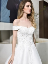 Off-The-Shoulder A-Line Sleeveless Appliques Beading Hall Wedding Dress 2021