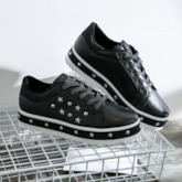 Round Toe Lace-Up Low-Cut Upper Rivet Star Sneakers
