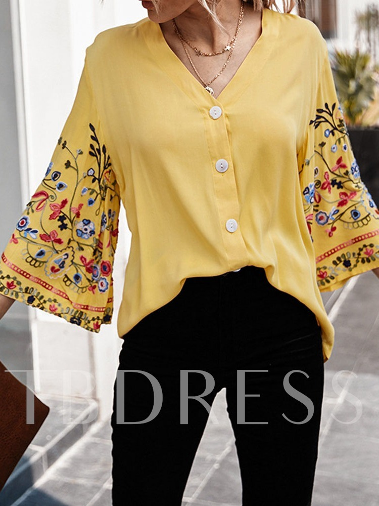 Three-Quarter Sleeve Floral Casual Women's Blouse