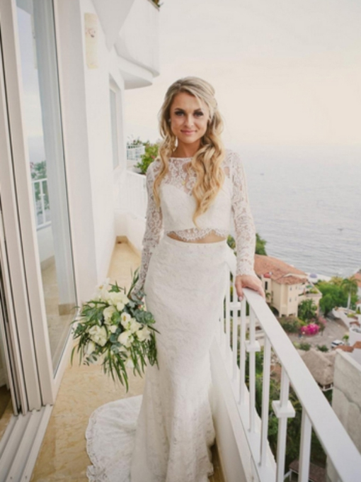Bateau Floor-Length Long Sleeves Trumpet Outdoor Lace Wedding Dress 2021