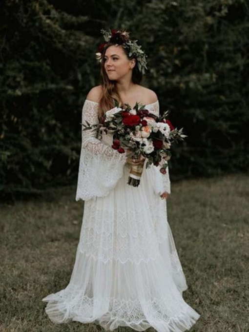 Lace Long Sleeves A-Line Off-The-Shoulder Garden Wedding Dress 2021